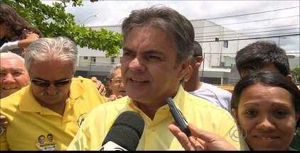 Cássio Cunha Lima conhece sua primeira derrota em uma eleição - Eleito várias vezes a prefeito, deputado e governador, Cássio tem sua primeira derrota nas urnas.