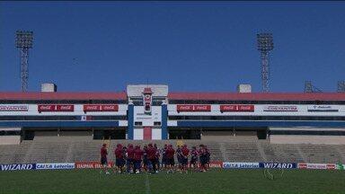 Hora da revanche: Paraná Clube quer dar o troco no Vasco - Jogo é na Vila Capanema. No primeiro turno os cariocas venceram por 1 a 0