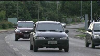 Moradores do Lago Norte reclamam do trânsito - Os moradores contam que a pista principal é perigosa e pedem para que a velocidade permitida seja menor.