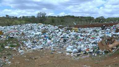 Prazo para elaboração do Plano Municipal de Resíduos Sólidos é adiado - Maior parte das cidades não tem plano, nem aterro sanitário adequado. São Sebastião de Lagoa de Roça tem aterro dentro das normas.