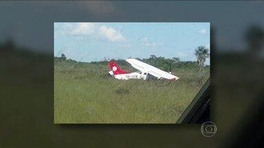 Pouso de emergência deixa cinco pessoas perdida na selva por cinco dias - O grupo foi encontrado nesta sexta-feira (31) pela manhã e levado para a capital. Duas mulheres e um bebê foram levados para maternidade do estado. O técnico do Samu esteve com eles.