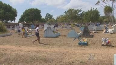 Cemitérios de Macapá recebem milhares de visitantes no Dia dos Finados - Cemitérios de Macapá recebem milhares de visitantes no Dia dos Finados