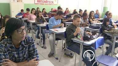 Mais de 57 mil alunos do Vale vão fazer as provas do Saresp - Testes acontecem nesta terça-feira (11) e quarta-feira (12). Provas terão questões de língua portuguesa, matemática e ciências.