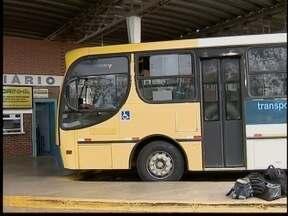 Moradores questionam preço do ônibus em Rosana - Coletivo faz trajeto até o distrito de Primavera.