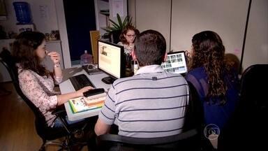 """Startups têm longo caminho até que uma ideia se transforme em empresa - Vontade e preparo são mesmo fatores imprescindíveis para quem quer criar uma empresa de sucesso, mas o Brasil exige ainda mais dos empreendedores. É o que pode ser visto na nova série do Jornal da Globo: """"Startups""""."""