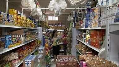 Número de mini mercados aumenta 50% em Jundiaí - Uma pesquisa aponta crescimento de mini mercados, aqueles dos bairros, nos últimos cinco anos. Em Jundiaí, o número de mini mercados cresceu quase cinquenta por cento.
