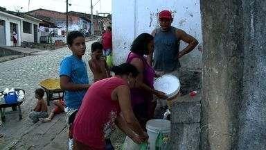 Falta d' água tem tirado o sono dos moradores de São Luiz do Quitunde - Comunidade diz que problema ocorre há mais de 15 dias.