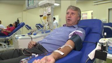 Campanha quer aumentar estoques de sangue - Hoje é o Dia do Doador de Sangue.