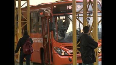 Reajuste da tarifa do transporte coletivo segue indefinido em Ponta Grossa - Conselho de transporte alega falta de documentos para analisar os custos.
