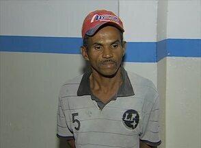 Três suspeitos são presos por mortes em Caruaru; outro é procurado - Homens foram apresentados à imprensa na noite da segunda (24).