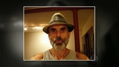 Professor da UFF morre após ser atingido por bala perdida - Um professor da Universidade Federal Fluminense, morreu depois de ser atingido por uma bala perdida na Lapa. O corpo do professor ainda segue no IML. A polícia investiga o caso.