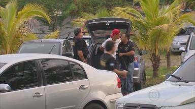 Operação da polícia prende integrantes de duas quadrilhas que agiam no Recife - Criminosos são acusados de envolvimento em tráfico de drogas e homicídios.