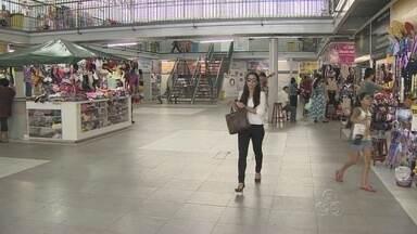 Comerciantes reclamam de baixo momento em Galerias Populares de Manaus - No centro de Manaus, movimento de clientes é considerado atrativo.
