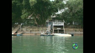 Justiça Federal impede o acesso a casas construídas em uma ilha de São Pedro do Paraná - De acordo com a Justiça as casas foram construídas em área de Preservação Ambiental.