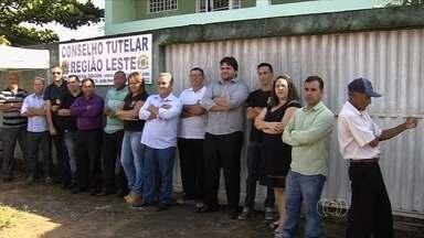 Sem estrutura, conselheiros tutelares fecham unidades em Goiânia - Profissionais citam diversos problemas de infraestrutura nas unidades. Situação compromete garantia dos direitos das crianças e adolescentes.