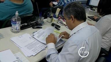 Prefeitura de São José anula pregão para compra dos kits escolares - Empresa vencedora da licitação teria usado documentos falsos. Não há definição sobre data para o lançamento do novo edital.