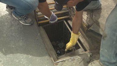 Filtro para bueiros é testado contra enchentes em Poços de Caldas, MG - Filtro para bueiros é testado contra enchentes em Poços de Caldas, MG