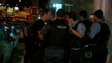 Policiamento é reforçado após ataques no Complexo do Alemão - O policiamento foi reforçado após ataques no Complexo do Alemão. Dois policiais seguem internados.
