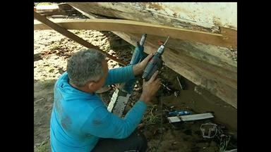 Calafate de barcos e carpinteiro naval são duas das profissões mais antigas da humanidade - TV Tapajós mostra os locais e o modo de trabalho desses profissionais.