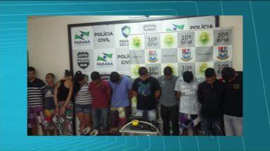 Polícia Civil e Militar prenderam 12 pessoas acusadas de vários roubos em Apucarana - Entre eles, estão dois adolescentes e quatro suspeitos de envolvimento com homicídios.