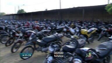 Bom Dia Ceará dá dicas para quem quer comprar veículos gastando pouco - Hoje é o segundo dia do último leilão do ano realizado pelo Detran.