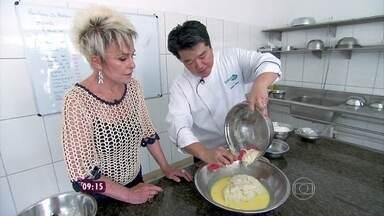Mais Você acompanha chef Rogério Shimura fazendo um Panetone - Oficina de pães do especialista faz sucesso em SP