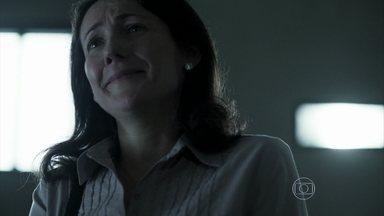 Dupla Identidade - Episódio do dia 12/12/2014, na íntegra - Edu encontra a mãe na prisão