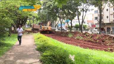 Maringá investe em espaço para as bicicletas - As ciclovias fazem parte das obras para desafogar parte do trânsito da cidade.