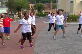 Moradores de Suzano criam programa para cuidar da saúde - Grupo colocou em prática orientações do programa 'Medida Certa' exibido no Fantástico.
