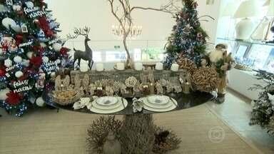 Veja dicas para montar a mesa de Natal - Ainda dá tempo para preparar uma linda mesa e receber os amigos e família no Natal.