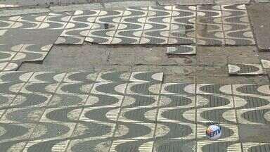 Prefeitura de Poços de Caldas notifica donos de imóveis para recuperar calçadas - Prefeitura de Poços de Caldas notifica donos de imóveis para recuperar calçadas