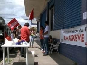 Trabalhadores terceirizados da prefeitura entraram em greve - Funcionários da GSH estão sem trabalhar