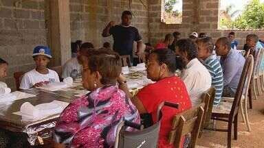 Entidade de Lavras (MG) oferece almoço especial de Natal a pessoas carentes - Entidade de Lavras (MG) oferece almoço especial de Natal a pessoas carentes