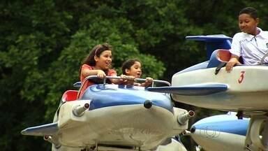 Veja as opções de lazer para as crianças no período das férias em Goiânia - Dentre as opções estão o zoológico e o Parque Mutirama.