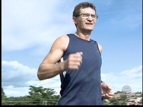 Corrida de São Silvestre atrai atletas do Oeste Paulista - Prova tradicional ocorre dia 31 de dezembro, em São Paulo.