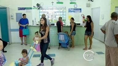 Moradores reclamam de falta de médico na UPA do Campo dos Alemães - Segundo a prefeitura, um dos médicos de plantão passou mal.
