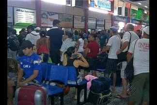 Movimento foi intenso neste sábado (27) no terminal rodoviário de Belém - Nem o aumento no valor das passagens de ônibus atrapalhou os planos do paraense de aproveitar o ano novo longe da capital.