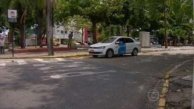 Noite de Réveillon terá mais táxis rodando nas ruas do Recife - Esquema especial foi montado pela CTTU em parceria com o sindicato dos taxistas.