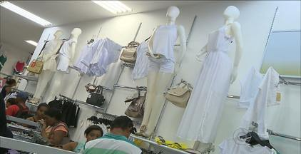 Cor da roupa no Réveillon faz a diferença para muita gente - Cada cor tem um significado, mas é o branco domina.