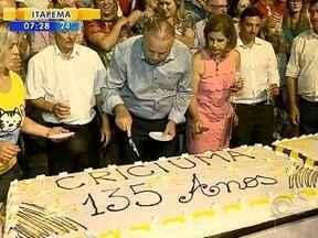 Criciúma comemora 135 anos com solenidade e homenagens ao município - Criciúma comemora 135 anos com solenidade e homenagens ao município