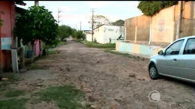 Moradores do bairro Tabuleta reclamam de rua intrafegável - Moradores do bairro Tabuleta reclamam de rua intrafegável