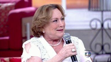 """Entre peças, novelas e programas de rádio, Nicette Bruno soma quase 70 anos de carreira - Atriz está em cartaz dividindo com o público a dor e a esperança na peça """"Perdas e Ganhos"""""""