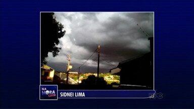 Telespectadores registram imagens da chuva de domingo em Maringá - Chuva veio acompanhada por vento forte e muitos raios