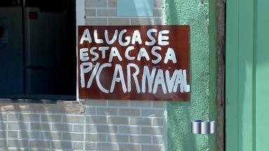 Moradores alugam casas durante o Carnaval em São Luiz do Paraitinga - População aproveita folia para alugar suas casas para os turistas. Pousadas e campings oferecem outras opções de vagas.