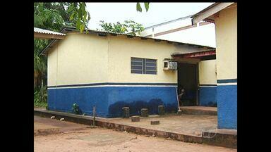 Paralisação em obras de creche e unidade de saúde preocupa moradores - Prédios ficam localizados no bairro da Matinha.