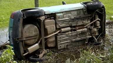 Mulher que foi atropelada segue internada em Pelotas - Um homem morreu no acidente