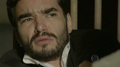 Zé Pedro é ameaçado na prisão - Colegas de cela decidem dar uma lição no filho de Maria Marta