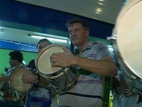 Baterias das escolas de samba de Florianópolis ensaiam para o desfile - Baterias das escolas de samba de Florianópolis ensaiam para o desfile