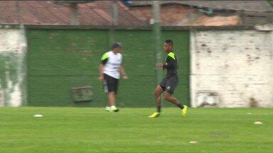 Coritiba muda de ares para finalizar pré-temporada - Com Dudu entre os destaques, Coxa viaja para Atibaia na reta final dos preparativos para estreia no Paranaense