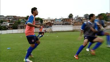 Lucas Dantas retorna ao Caxias para Gauchão - Em dividida com goleiro do Veranópolis, Lucas Dantas, do Caxias, teve a tíbia quebrada e ficou um ano parado.
